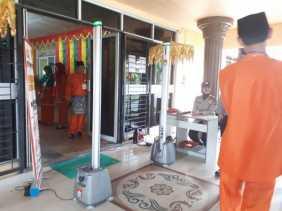 Perkuat Keamanan, Polisi Pasang Metal Detector di Gedung KPU Riau