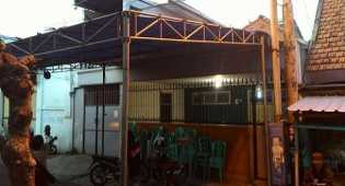 Rumah Freddy Budiman di Surabaya bersiap sambut jenazah