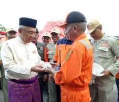 Gubri Lepas Bantuan Pemprov Riau pada Korban Gempa Aceh