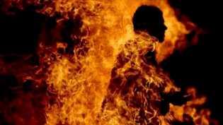 Patah Hati, Pemuda Tasikmalaya Ini Nekat Membakar Diri