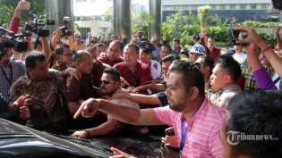 Ketua AMPG Ditahan Lagi, Pendukung Bikin Rusuh di KPK