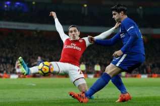 Hasil Liga Inggris, Gol Menit Akhir Bellerin Pupuskan Harapan Chelsea