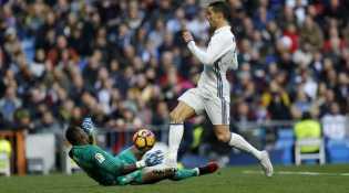 Hati Ronaldo Masih Terluka