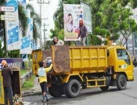 Libur Panjang, Pasukan Kuning Tetap Bersihkan Sampah