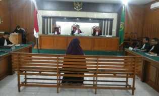 Korupsi Anggaran Perjalanan Dinas di Bapenda, Deyu Divonis 20 Bulan, Deliana 14 Bulan Penjara