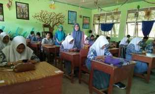 SMA PGRI di Rengat Sekolah Swasta Penyelenggara UNBK
