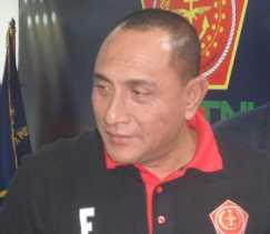 Pangkostrad Letjen Edy Rahmayadi Ketua Umum PSSI