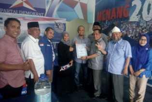 76 Bacaleg DPRD Provinsi Riau Telah Mendaftar ke Demokrat