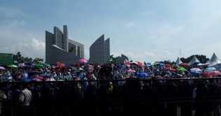 Serukan Perlawanan Teror Ulama, Ribuan Jemaah Persis Aksi di Monju