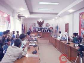 Ketua Sidang DKPP: Sudah Berapa Tahun Anda Jadi Pengacara ?