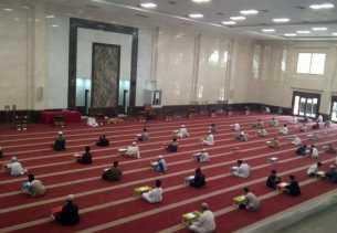 1.500 Takjil Gratis Setiap Hari di Masjid Jami Abu Darda