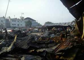 Pasar Dupa Pekanbaru Terbakar, Belasan Kios Rata dengan Tanah