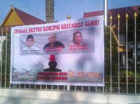 Keluarga Gubernur Riau Disebut Terlibat Kasus Korupsi, ini Dugaannya