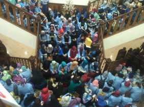 Merasa Teraniaya Saat Amankan Demo #KepungDPRD, Anggota Polisi Laporkan Mahasiswa