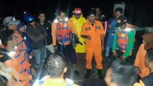 Tim SAR Temukan 4 Jenazah Kapal yang Karam di Takalar