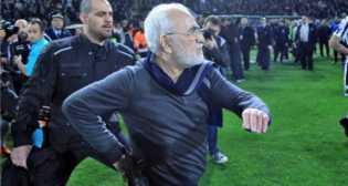 Dengan Pistol di Pinggang, Presiden Protes Wasit PAOK Vs AEK