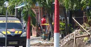 Istri Teroris Sidoarjo yang Ditembak Densus 88 Pegawai Kemenag