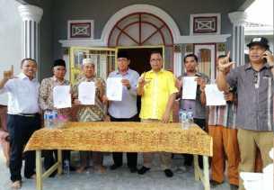 Teken Kontrak Politik, LE Siap Mundur dari Gubernur