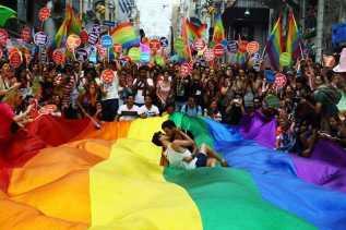 Polri Menunggu Proses RKUHP Tentang LGBT