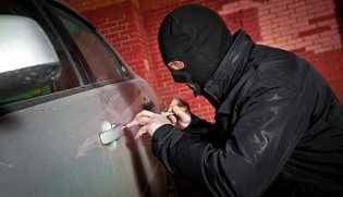 Doni Tertangkap Tangan Bongkar Pintu Mobil di Parkiran RSUD Pekanbaru