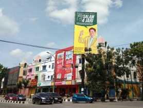"""Soal Baliho """"Salam 4 Jari"""", Bawaslu Riau Dinilai Salah Tafsir"""