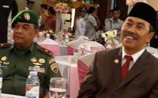 Lengkap 13 Kursi, Senin Syamsuar - Edy Daftar ke KPU Provinsi Riau