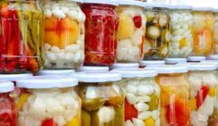 Empat Cara Mengawetkan Makanan Tanpa Lemari Es