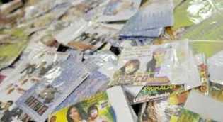 Pedagang DVD Porno di Simpang Tiga Pekanbaru Diciduk Polisi