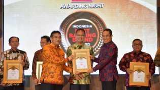 Bank Riau Kepri Rengkuh 37 Penghargaan Selama 2016