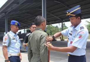 """Mayor Pnb Fardinal """"Fidelle"""" Umar Capai 2.000 Jam Terbang"""