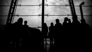 Lakon Ribuan TKA Ilegal China Mengadu Nasib di Indonesia