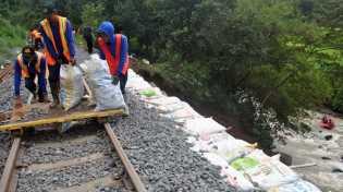 Kereta Bandara Minangkabau Mulai Beroperasi November 2017
