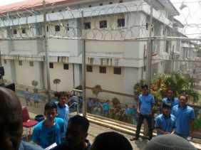 Azhar Ganti Seluruh Penjaga Lapas Sialang Bungkuk yang Arogan