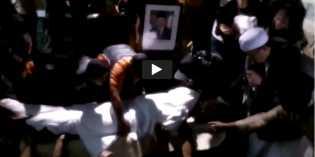 Allahu Akbar, Ini Video Ambruknya Tenda dan Pelayat Panik Berlarian Saat Pemakaman Sutan Bhatoegana