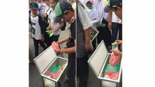 Pria in Dapat Rezeki Tak Terduga Karena Bagikan Donat Gratis saat Aksi Damai 212