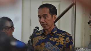 Sabtu Dini Hari, Jokowi Gelar Jumpa Pers