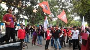 Izinkan Buruh Migran, Kepemimpinan Jokowi Bikin Buruh Merasa Kehilangan Harapan