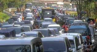 Perbandingan penanganan macet mudik era SBY dan Jokowi