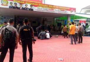 Mantan KPR Sialang Bungkuk Dituntut 5,6 Tahun