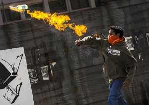 Pelaku Bom Molotov Beraksi Lagi di Pekanbaru