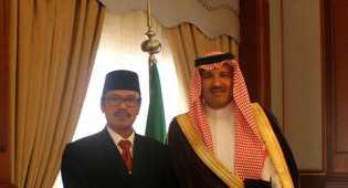 Dubes RI Bertemu Gubernur Madinah Bahas Perlindungan WNI di Arab Saudi