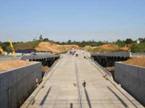 Pembebasan Jalan Tol Trans Sumatera Ruas Bakauheni-Terbanggi Capai 75 Persen