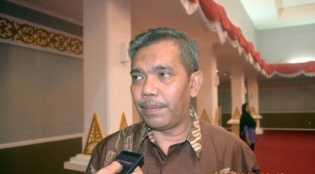 Disdik Riau Akan Bayar Honor Guru Bantu Mulai dari SD sampai SMA