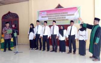 Hadapi Pemilu 2019, 7 Panwaslu Kelurahan di Kecamatan Payung Sekaki Dilantik