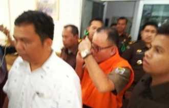 Kejati Riau Resmi Tahan Mantan Kadisdik Pelalawan