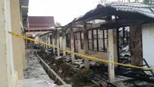 SMP Negeri 4 Pekanbaru Terbakar Dinihari Tadi