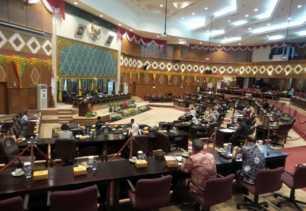 Perda Retribusi Daerah akan Disahkan DPRD Riau Pekan Depan