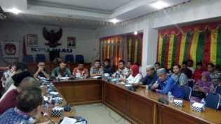 Andi-Yatno dan Syamsuar-Edy Akan Mendaftar di Hari Pertama ke KPU Riau