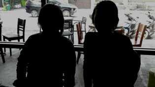 Diperkosa semasa SD, dilacurkan di usia dini: kisah dua gadis belia Bandung
