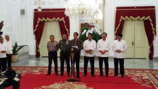 Jokowi: Saya Sesalkan Demo Jadi Rusuh